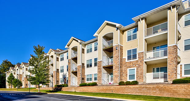 buying apartment complexes